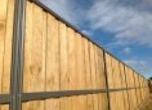 Kwikfynd Lap and Cap Timber Fencing bigjackscreek